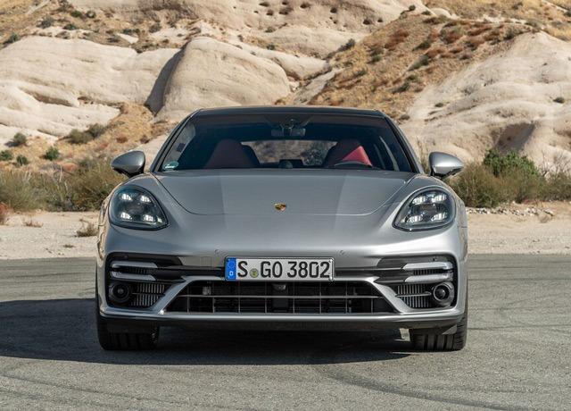 Porsche Panamera's front